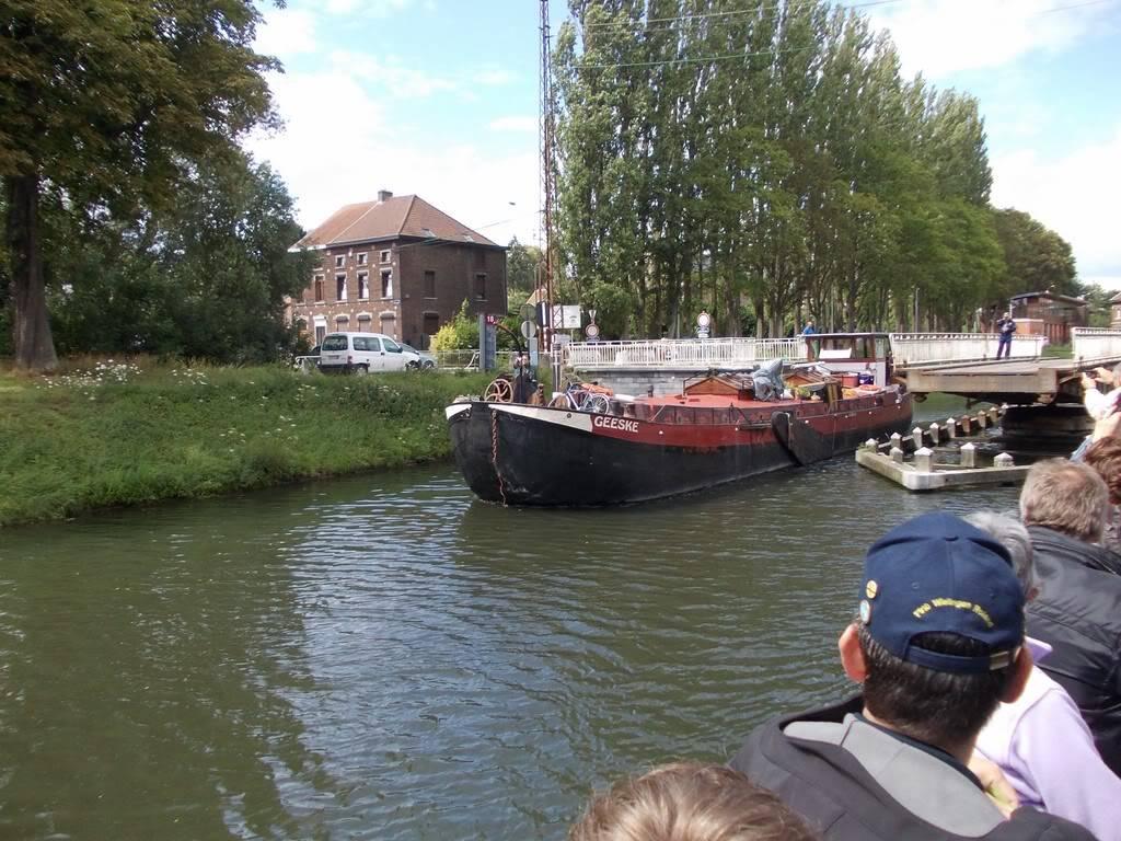 Visite du Canal du Centre historique le dimanche 17 juillet - Page 5 DSCN10511280x768