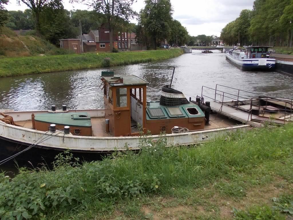 Visite du Canal du Centre historique le dimanche 17 juillet - Page 5 DSCN10521280x768