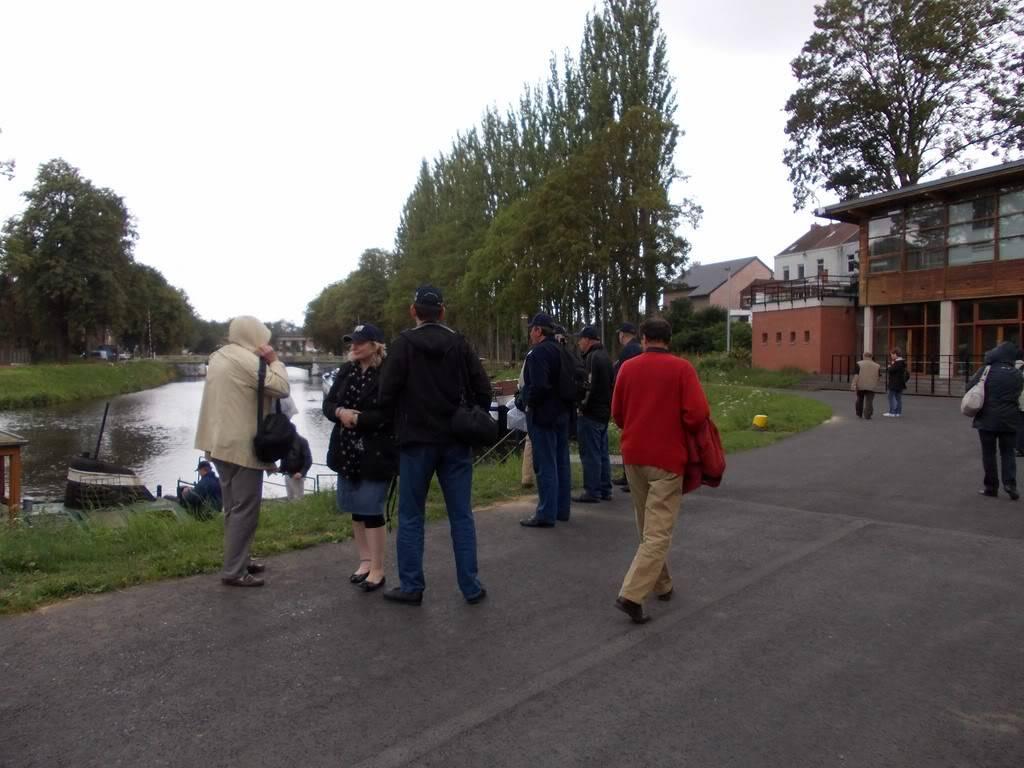 Visite du Canal du Centre historique le dimanche 17 juillet - Page 5 DSCN10531280x768