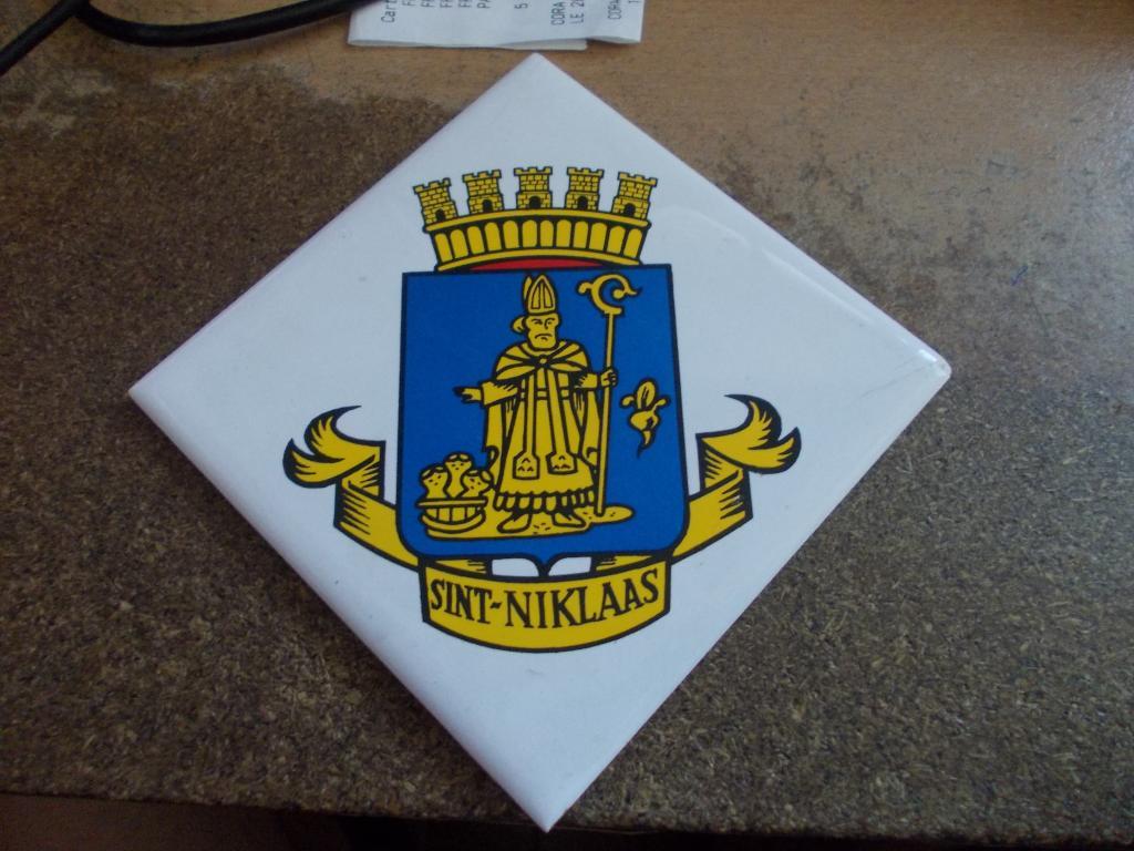 F911 WESTDIEP : Crest, badges, autocollants, peintures,...   DSCN5674