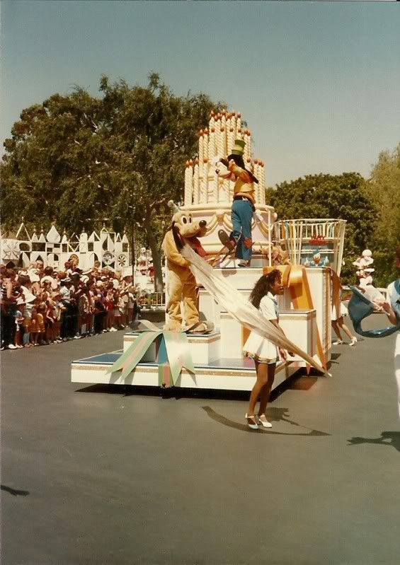 Anciennes Parades des Resorts Américains Scan0012