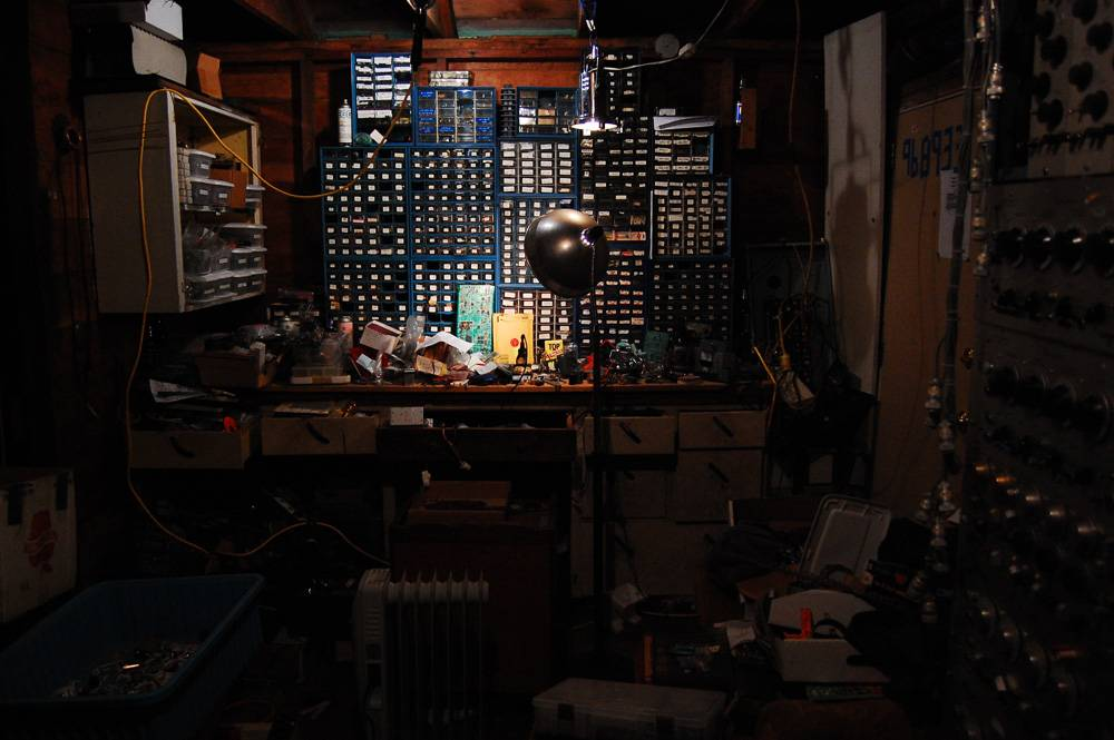 noise machines (this is the thread for masturbatory setup pics) Bench-1