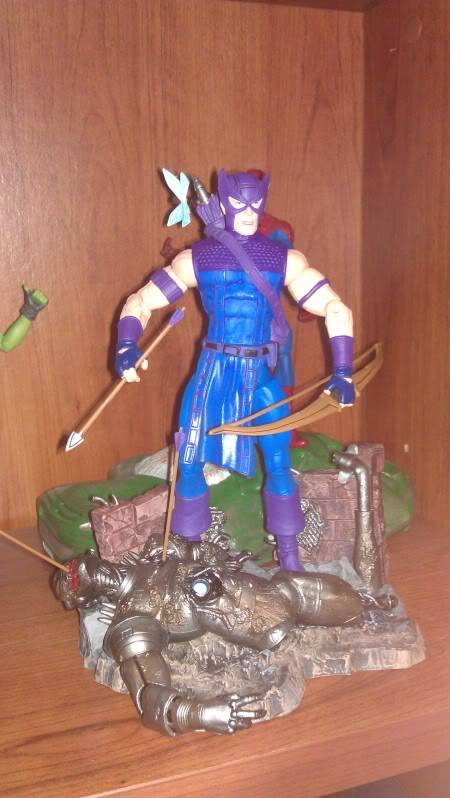 Marvel Selects - Diamond Toys Hawkeyeselect