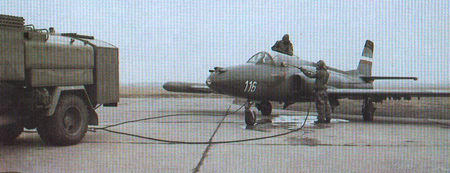 J-21 JASTREB Yugoslavskijshturmovik