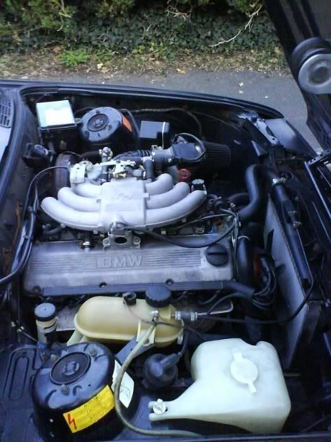BMW 325i C-Reg Engine