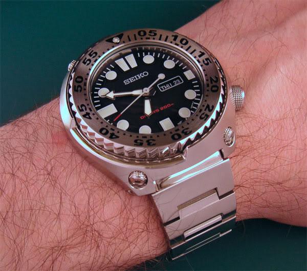 Seiko Prospex Kinetic GMT Seiko-mini-tuna-monster