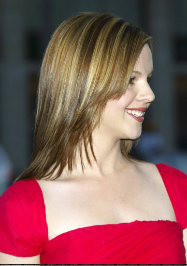 Welcome To the Morning Star Cafe - Page 4 Amber_Tamblyn_wicked0191bg