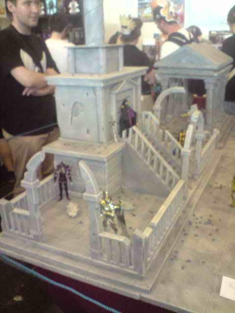 des diorama de folie et une armure geante au JAPAN EXPO 2009 P050709_1414
