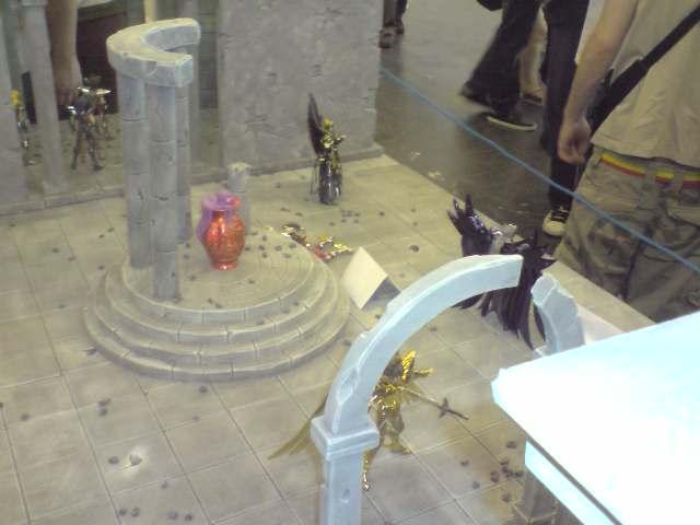 des diorama de folie et une armure geante au JAPAN EXPO 2009 P050709_1418