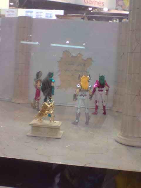 des diorama de folie et une armure geante au JAPAN EXPO 2009 P050709_173301