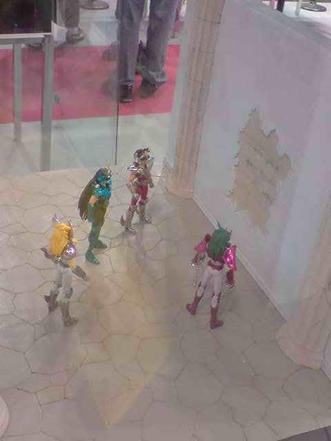 des diorama de folie et une armure geante au JAPAN EXPO 2009 P050709_173302