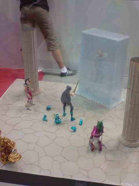des diorama de folie et une armure geante au JAPAN EXPO 2009 P050709_173303
