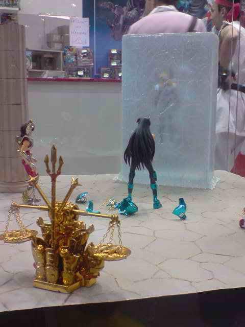 des diorama de folie et une armure geante au JAPAN EXPO 2009 P050709_173304
