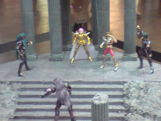 des diorama de folie et une armure geante au JAPAN EXPO 2009 P050709_1735