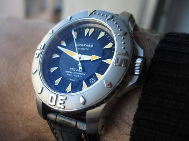 Aidez mon frère à trouver sa nouvelle montre. IMG_5990