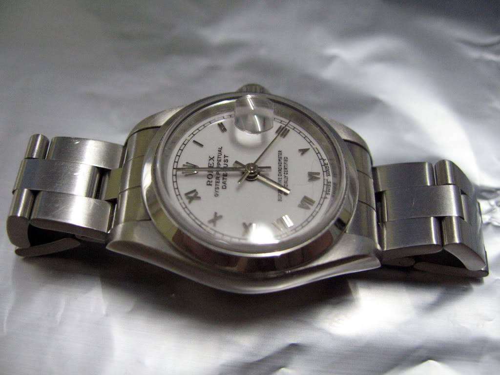 Et quelles montres portent vos épouses ou conjointes ? - Page 2 Rolexladydatejust1