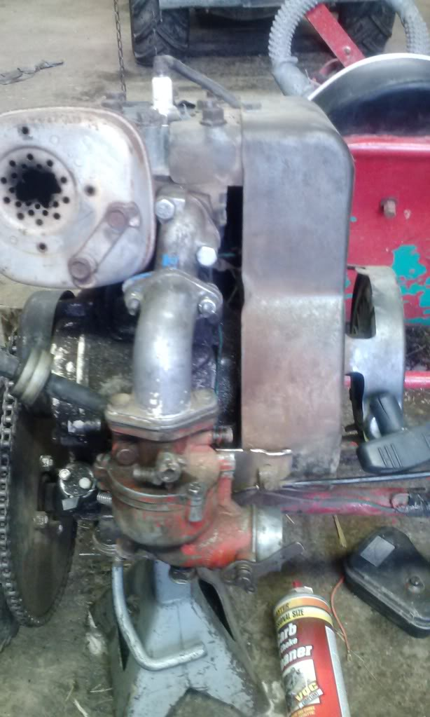 Another kid kart, and 5hp carb swap 0910131859_zps0ca7161b