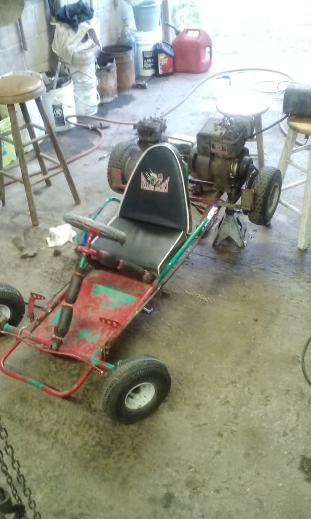 Another kid kart, and 5hp carb swap 0910131859b_zpsbb4bc9d6