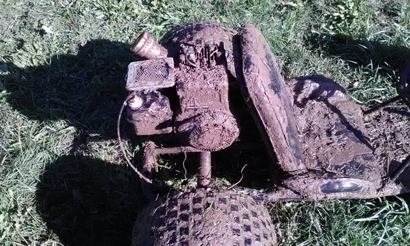 2012 tractor race video Picture047Medium-1