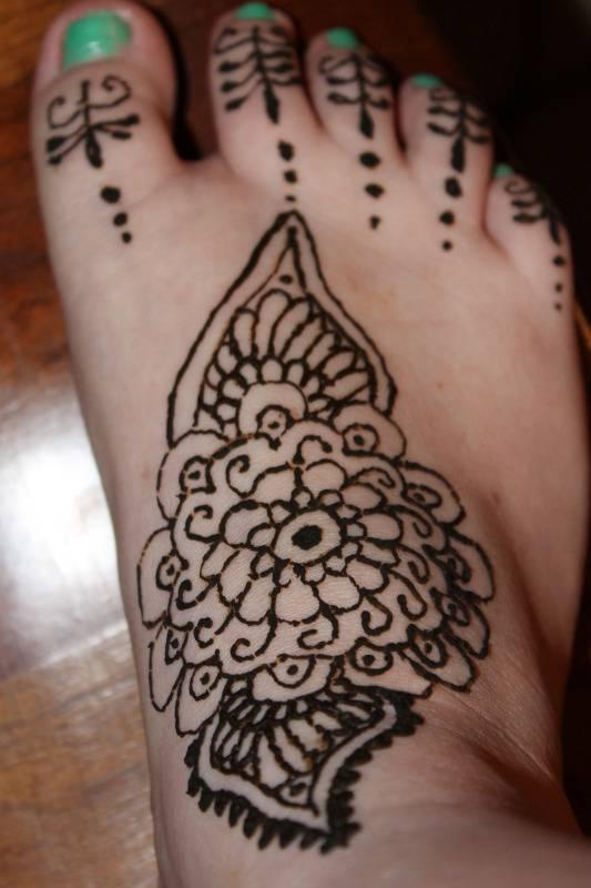Random Henna I did on my vacation 204