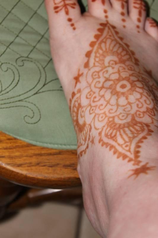 Random Henna I did on my vacation 226