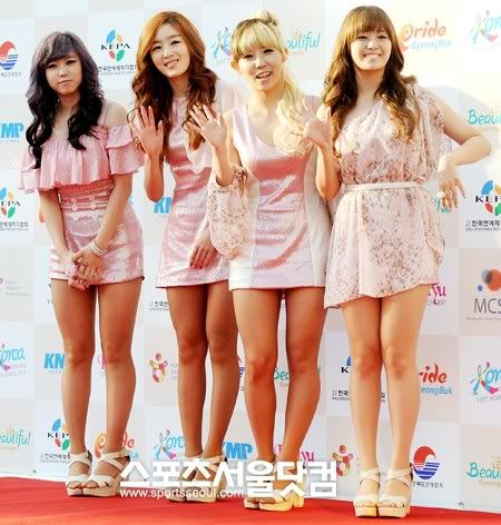 SECRET en la alfombra roja del Dream Concert 2011 111003_4e896b0f30681