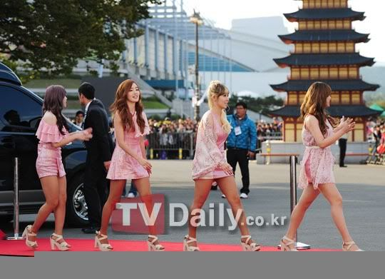 SECRET en la alfombra roja del Dream Concert 2011 1317628714_211188
