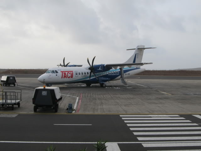 Trip Report LAD-TMS-RAI TAAG B737NG  IMG_2139