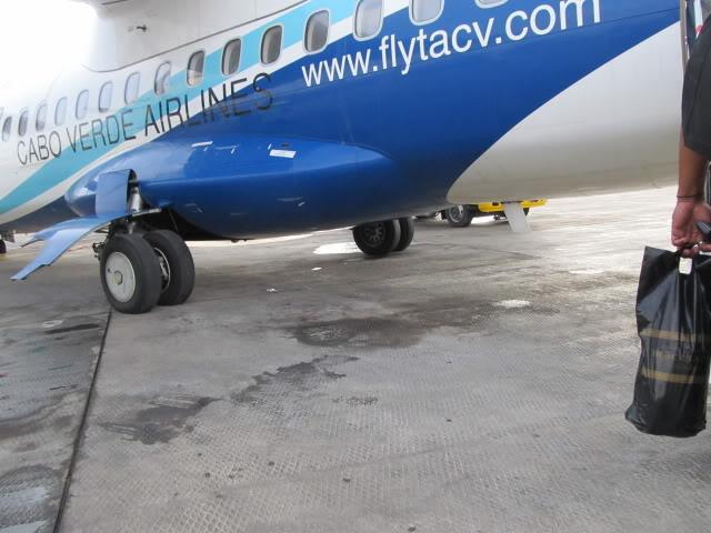 Trip Report LAD-TMS-RAI TAAG B737NG  IMG_2157