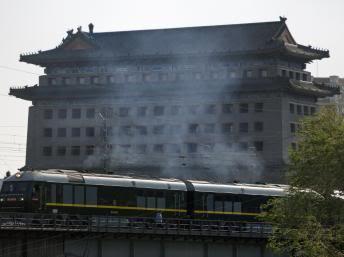 [Actualité - Chine/Corée du nord] La Chine accueille le président nord-coréen Kim Jong-Il dans la plus grande discrétion 2010-05-06T095258Z_1138271389_GM1E6