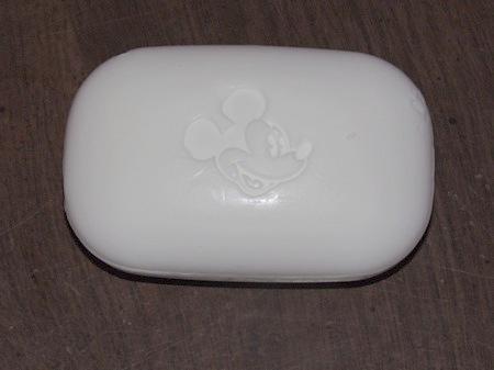 Nouveaux savons et shampoo revitalisant IMG_3372