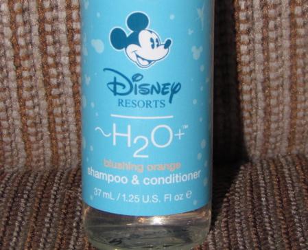 Nouveaux savons et shampoo revitalisant IMG_3374