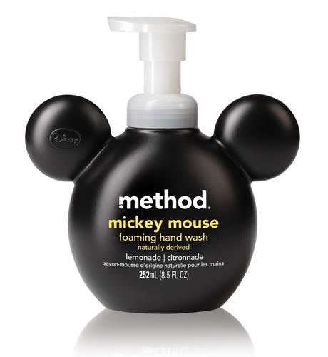 Regardez ce que j'ai trouve aujourd'hui chez Pharmaprix trop cute Mickey et Minnie MickeyHW_lemonade