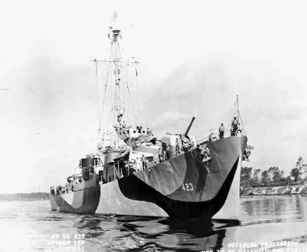 FOTOGRAFÍAS Y FICHAS QUE INTEGRAN LA HISTORIA. - Página 11 USS%20Dufilho%20DE-423_dos