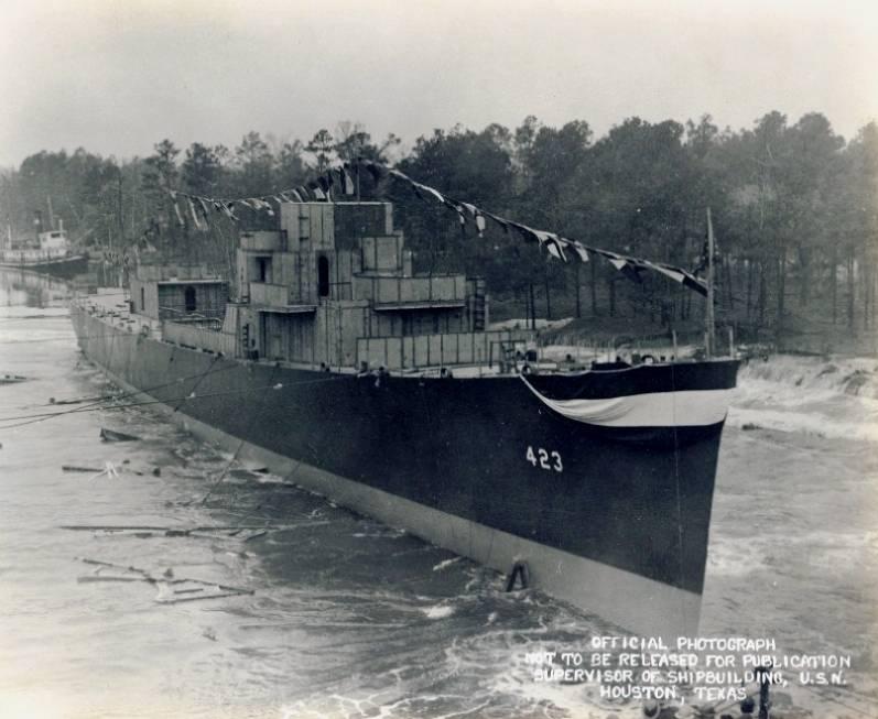 FOTOGRAFÍAS Y FICHAS QUE INTEGRAN LA HISTORIA. - Página 11 USS%20Dufilho%20DE-423_seis