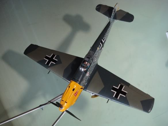 ALGUNAS MAQUETAS QUE TENGO ARMADAS Maqueta_messerschmitt_Bf109E_tres