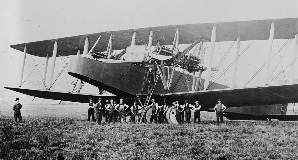 ¿Qué avión es este? - Página 20 Misterio_volante_ciento_cuarenta_y_tres