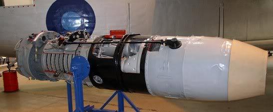 PROYECTOS INCONCLUSOS DE LA AERONÁUTICA ALEMANA DE LA S.G.M. Motor_turbojet_BMW_003_uno
