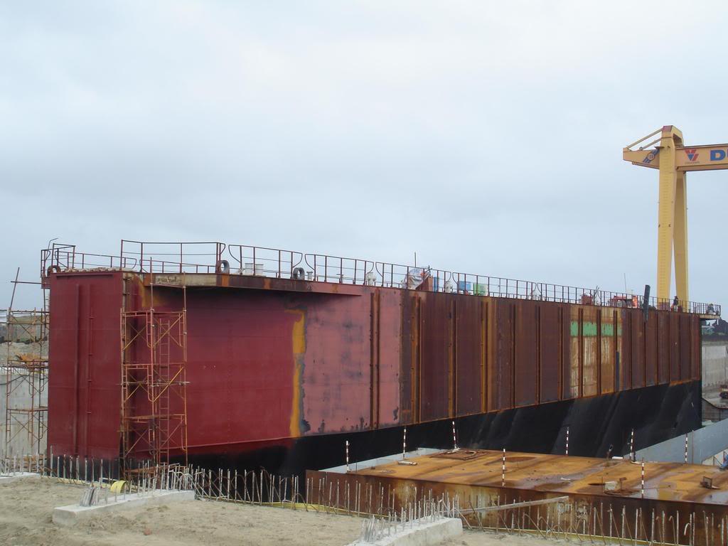 Nhà máy đóng tàu Dung Quất và cơ hội làm việc! Cuau