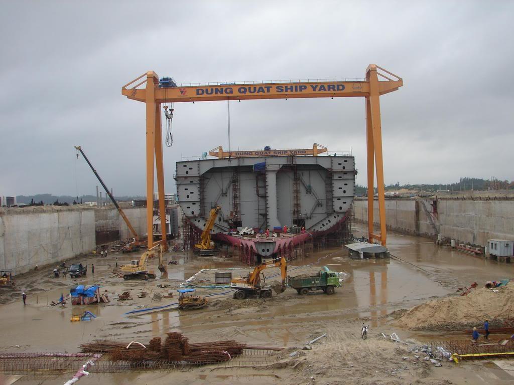 Nhà máy đóng tàu Dung Quất và cơ hội làm việc! Ukho