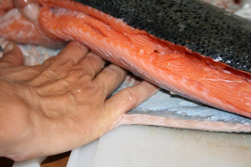 Curtido de piel de salmón. IMG_0955_zps4c8a8930