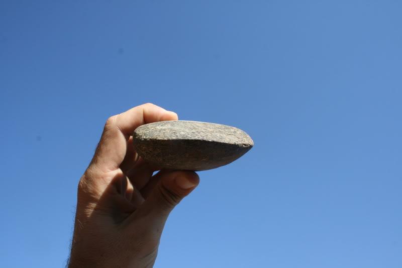 Mi primer hacha de piedra. Un par de lecciones aprendidas... Hachacielo