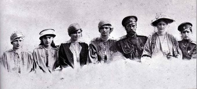 El final de los Romanov - Página 12 TatjanaAnastasijaMarijaOlgaNikolajA