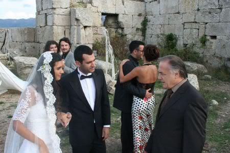 صور نادره لابطال قصر الحب+البوم المطرب التركي مصطفي صاندل+موسيقي مسلسل asi Normal_asi_39_11