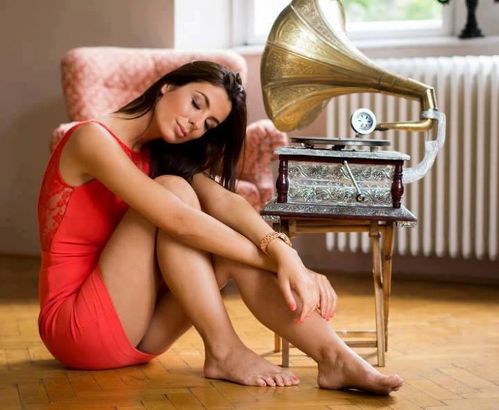 As minhas audiófilas - Página 19 1044787_422059734576399_1215759415_n_zps08de7db9