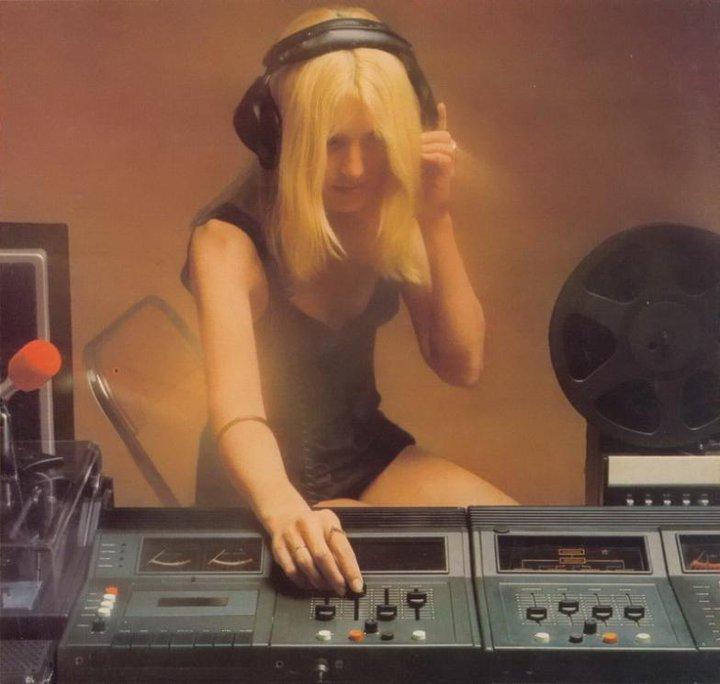 As minhas audiófilas - Página 18 207082_118312428247666_2200906_n_zps7db34d97