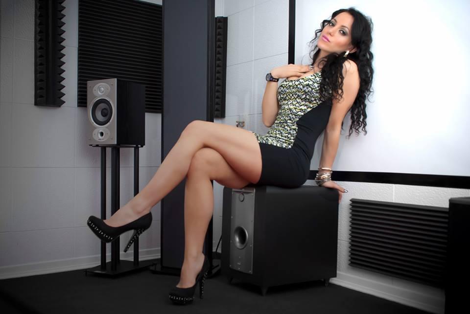As minhas audiófilas - Página 18 969761_473630492715856_1353257443_n_zps4ce8a578