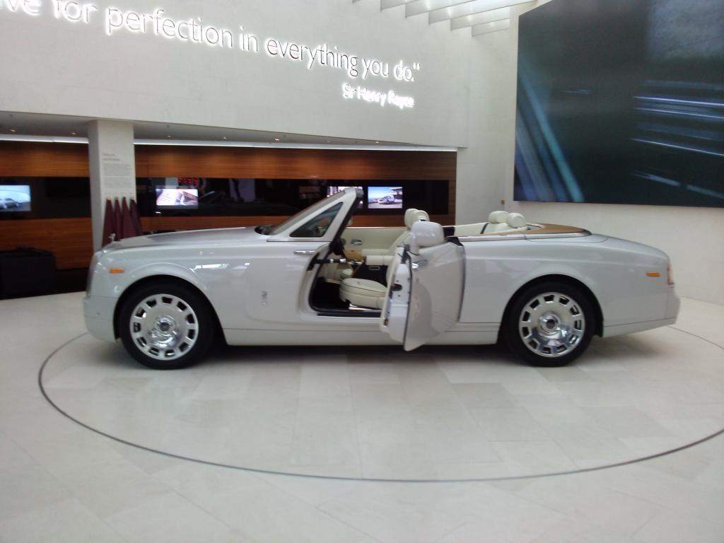O Mundo e o Museu da BMW CAM00912_zpsb845bfbb