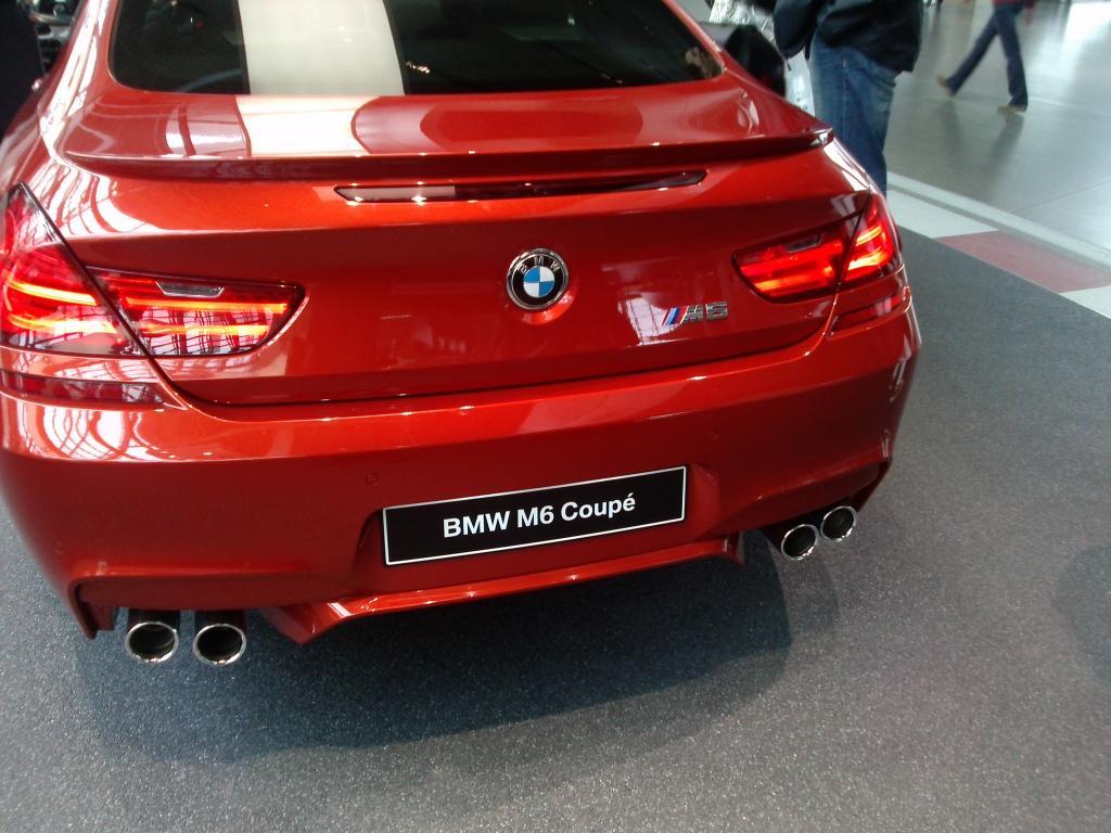 O Mundo e o Museu da BMW CAM00927_zps48ffd22b