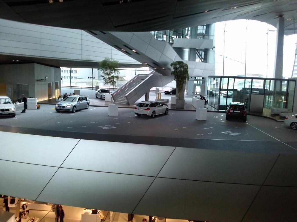 O Mundo e o Museu da BMW CAM00956_zps2a7740fb
